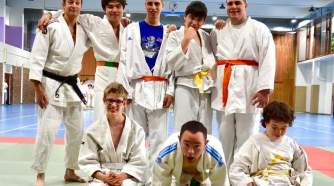 [ <i class='fa fa-video-camera'></i> Vidéo ] Les cours de judo adapté